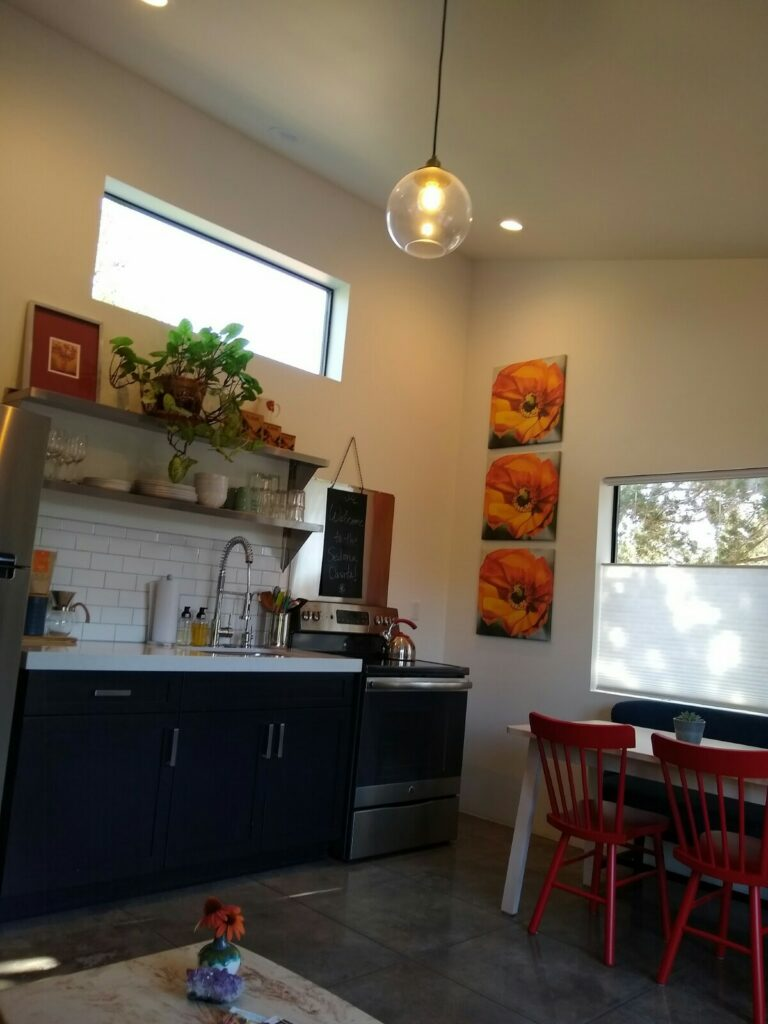 Guest Kitchen area
